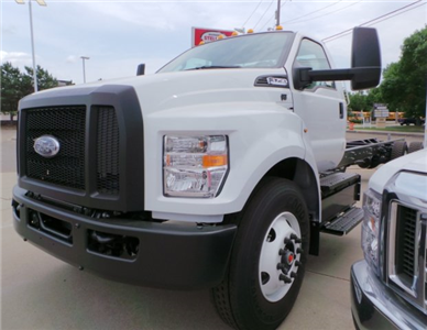 2018 F-750 Regular Cab DRW 4x2,  Cab Chassis #F82010 - photo 8