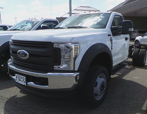 2018 F-550 Regular Cab DRW 4x4, Cab Chassis #F82577 - photo 1