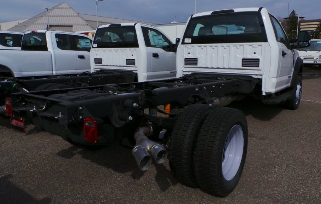 2018 F-450 Regular Cab DRW 4x4,  Cab Chassis #F82583 - photo 2
