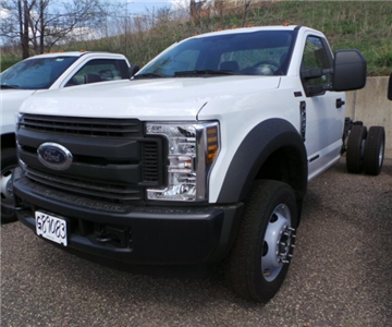 2018 F-550 Regular Cab DRW 4x4,  Cab Chassis #F82604 - photo 3