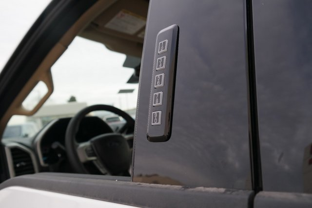 2019 F-350 Crew Cab 4x4, Pickup #00061191 - photo 11