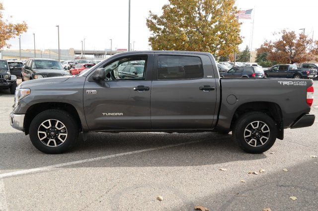 2018 Tundra Crew Cab 4x4, Pickup #000P7682 - photo 6