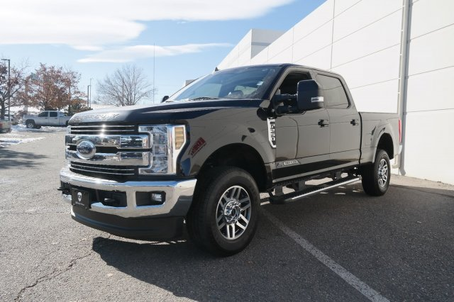 2019 F-250 Crew Cab 4x4, Pickup #000P7686 - photo 10