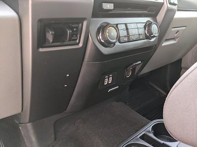 2017 Ford F-250 Crew Cab 4x4, Pickup #0063456A - photo 17