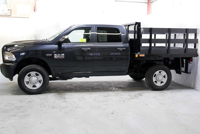 2017 Ram 3500 Crew Cab 4x4, Stake Bed #17353 - photo 17