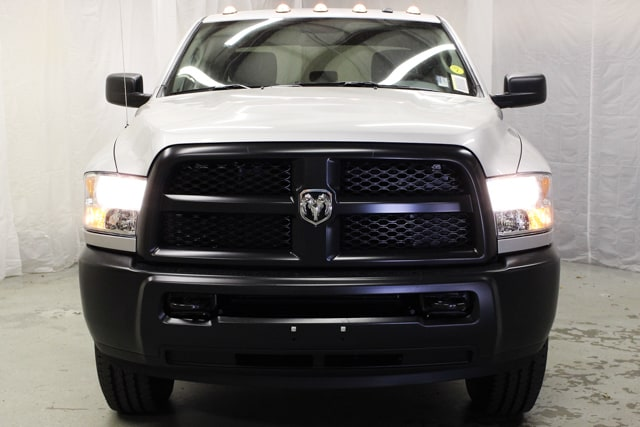 2018 Ram 2500 Crew Cab 4x4, Pickup #18081 - photo 3