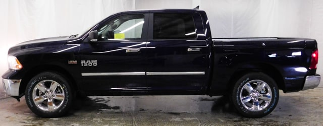 2018 Ram 1500 Crew Cab 4x4, Pickup #18392 - photo 10