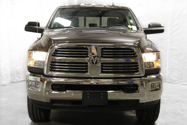 2018 Ram 2500 Crew Cab 4x4, Pickup #18621 - photo 3