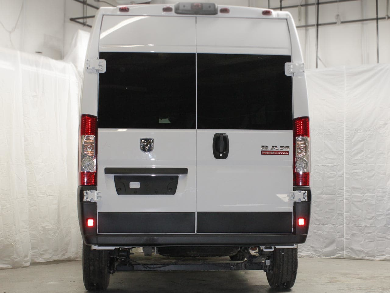 2019 ProMaster 2500 High Roof FWD,  Empty Cargo Van #19242 - photo 5