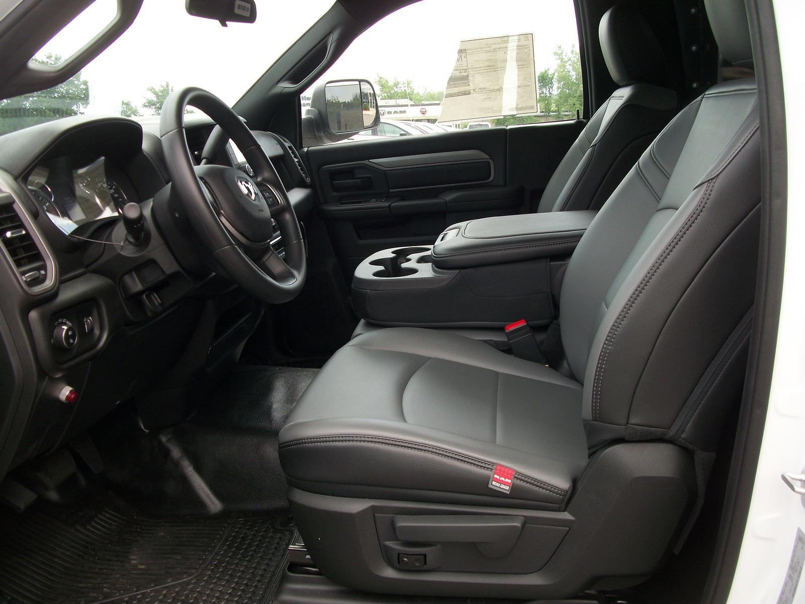 2021 Ram 5500 Regular Cab DRW 4x4,  Cab Chassis #21307 - photo 10