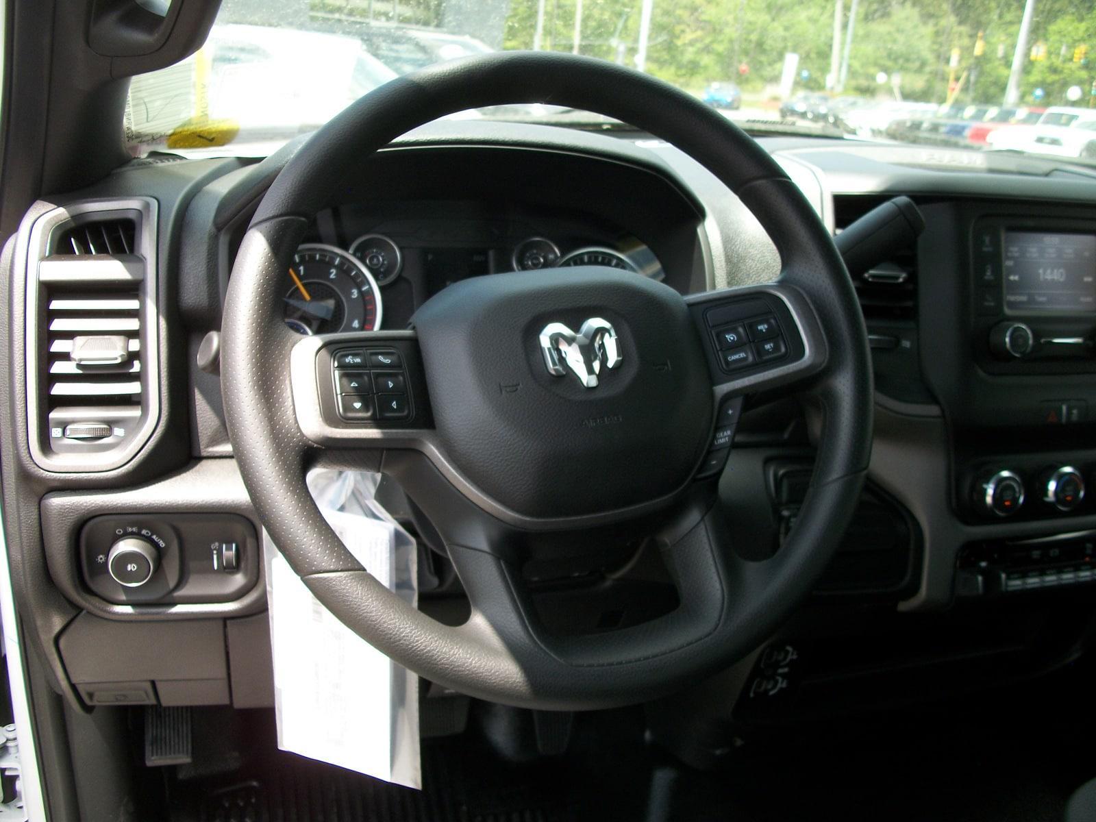 2021 Ram 5500 Regular Cab DRW 4x4,  Cab Chassis #21590 - photo 11