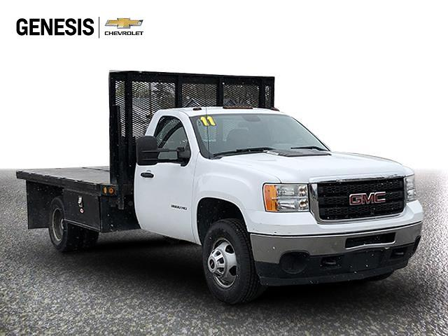 2011 GMC Sierra 3500 Regular Cab 4x2, Platform Body #BF165627 - photo 1