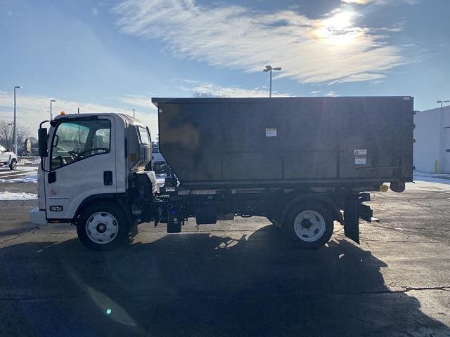 2020 Chevrolet LCF 5500XD Regular Cab DRW 4x2, Landscape Dump #L7306083 - photo 3