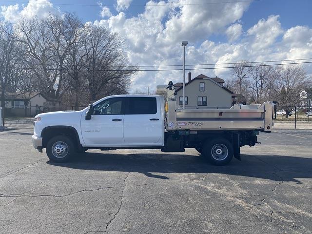 2020 Chevrolet Silverado 3500 Crew Cab DRW 4x4, TruckCraft Dump Body #LF332546 - photo 3
