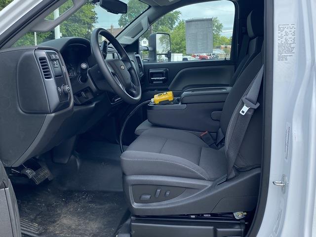 2020 Chevrolet Silverado 5500 Regular Cab DRW 4x2, Cab Chassis #LH244137 - photo 9