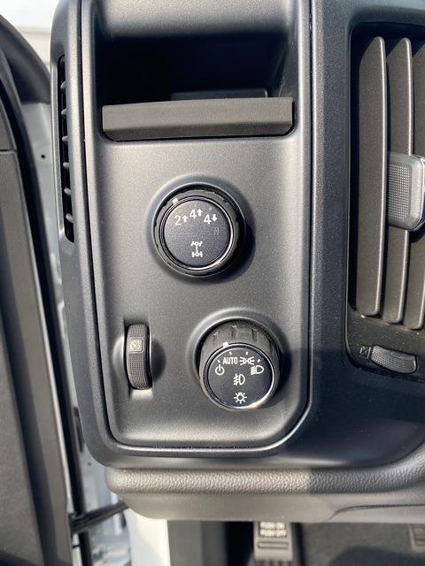 2020 Chevrolet Silverado 5500 Regular Cab DRW 4x4, Cab Chassis #LH299940 - photo 13