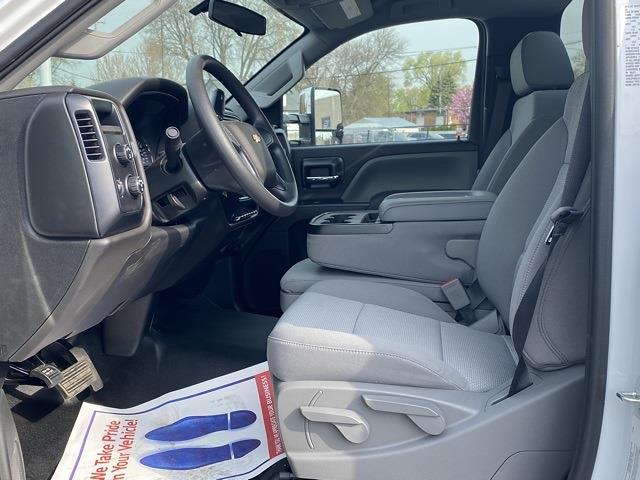 2020 Chevrolet Silverado 5500 Regular Cab DRW 4x4, Cab Chassis #LH299940 - photo 9