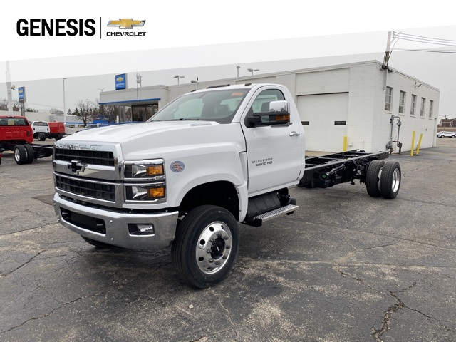 2020 Chevrolet Silverado 6500 Regular Cab DRW 4x4, Cab Chassis #LH307949 - photo 1