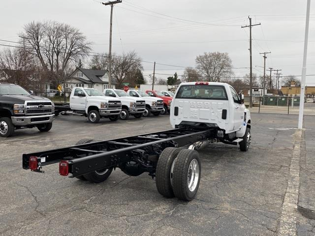 2020 Chevrolet Silverado 6500 Regular Cab DRW 4x4, Cab Chassis #LH307949 - photo 4
