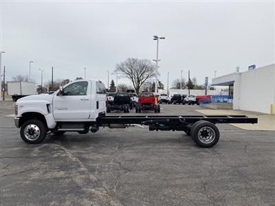 2020 Chevrolet Silverado 6500 Regular Cab DRW 4x4, Cab Chassis #LH307949 - photo 3