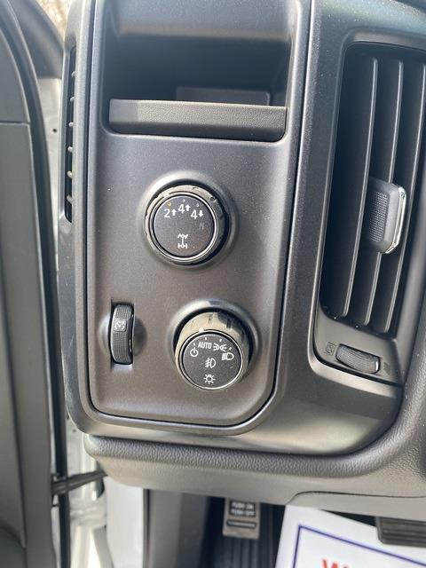 2020 Chevrolet Silverado 6500 Regular Cab DRW 4x4, Cab Chassis #LH307950 - photo 12