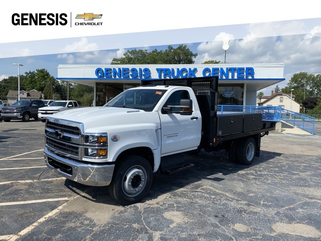 2020 Chevrolet Silverado 5500 Regular Cab DRW 4x2, CM Truck Beds Platform Body #LH626843 - photo 1