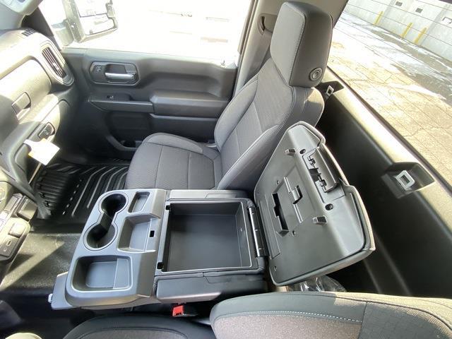 2021 Chevrolet Silverado 3500 Regular Cab 4x4, Cab Chassis #MF178218 - photo 14