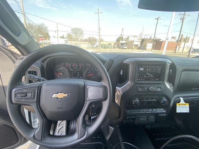 2021 Chevrolet Silverado 3500 Regular Cab 4x4, Cab Chassis #MF178218 - photo 9