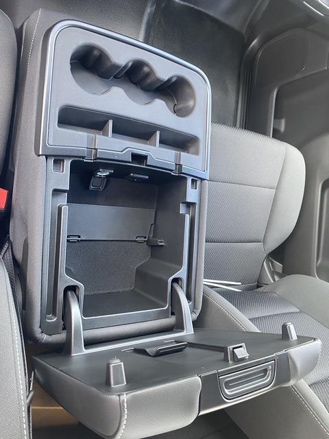 2021 Silverado 6500 Regular Cab DRW 4x2,  CM Truck Beds AL RD Model Platform Body #MH686096 - photo 13