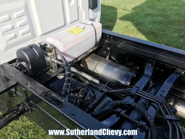 2018 Silverado 3500 Regular Cab DRW 4x4, Dump Body #214693-18 - photo 9