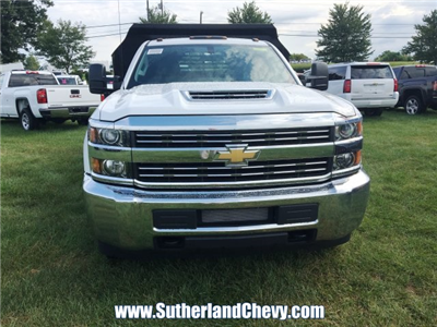 2018 Silverado 3500 Regular Cab DRW 4x4, Dump Body #214693-18 - photo 4