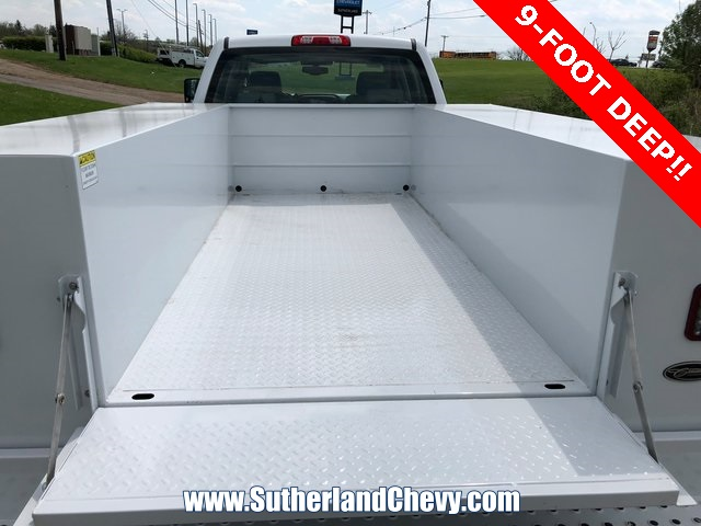 2018 Silverado 3500 Crew Cab DRW 4x4, Service Body #246354-18 - photo 15