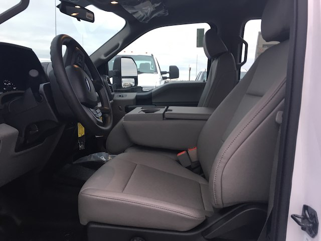 2019 F-350 Crew Cab DRW 4x2,  Cab Chassis #KED09815 - photo 5