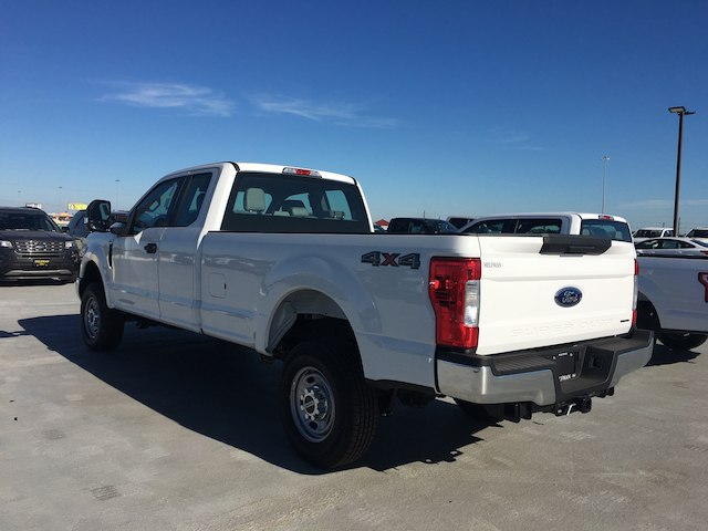 2017 F-250 Super Cab 4x4, Pickup #U0178 - photo 6