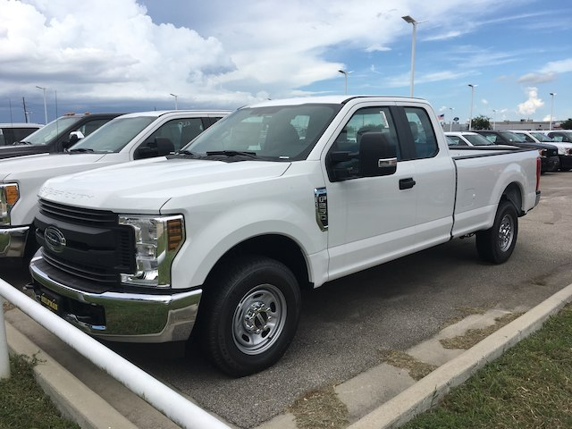2017 F-250 Super Cab 4x2,  Pickup #U0229 - photo 3