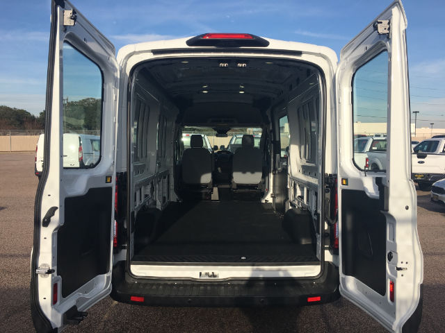 2018 Transit 250 Medium Roof Cargo Van #VK011 - photo 2