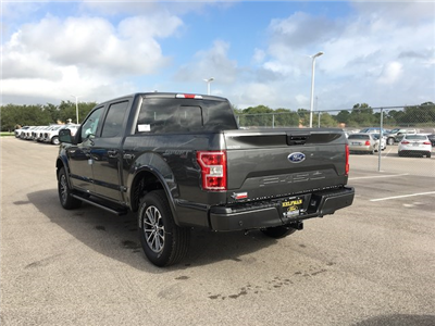 2018 F-150 Crew Cab 4x4, Pickup #VQ054 - photo 5