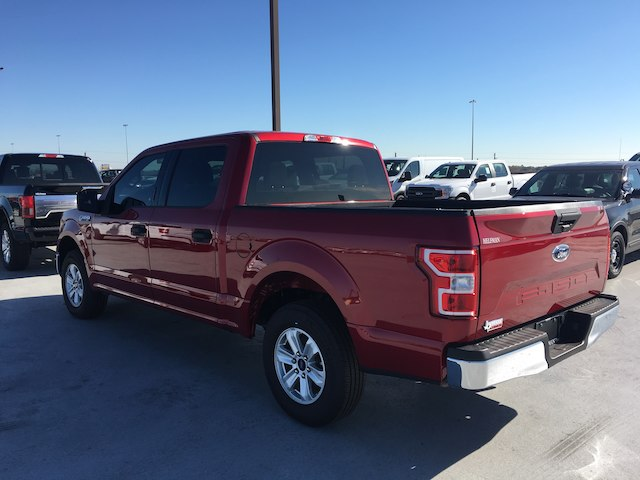 2018 F-150 SuperCrew Cab 4x2,  Pickup #VQ1130 - photo 4