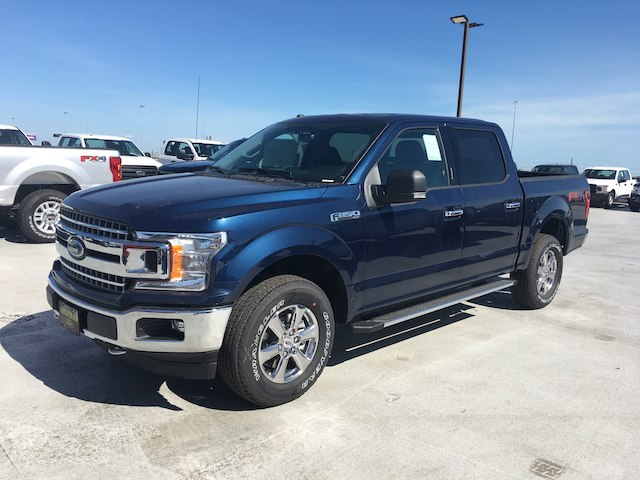 2018 F-150 SuperCrew Cab 4x4,  Pickup #VQ1137 - photo 3