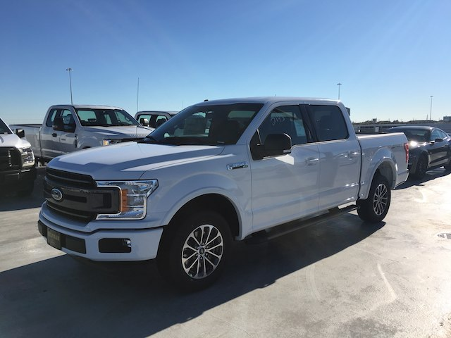 2018 F-150 SuperCrew Cab, Pickup #VQ272 - photo 3