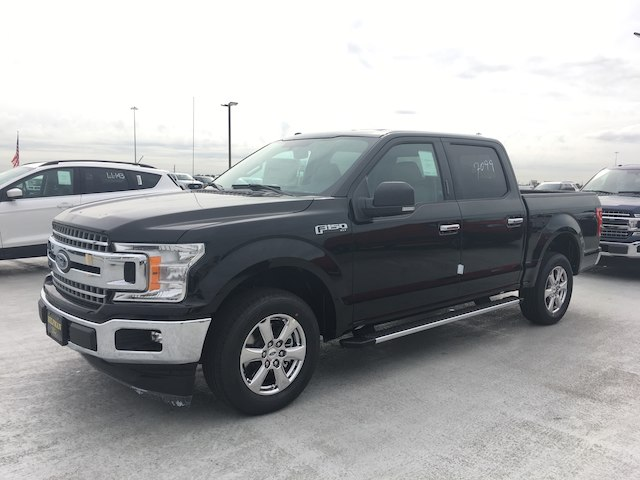 2018 F-150 SuperCrew Cab 4x2,  Pickup #VQ279 - photo 3