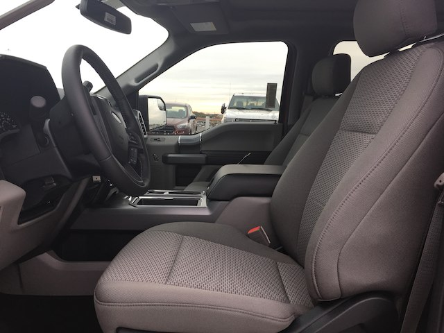 2018 F-150 SuperCrew Cab 4x2,  Pickup #VQ290 - photo 7