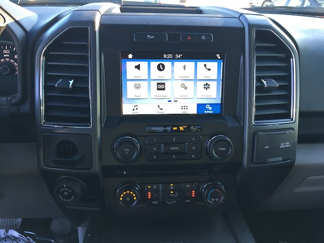 2018 F-150 SuperCrew Cab 4x2,  Pickup #VQ362 - photo 10