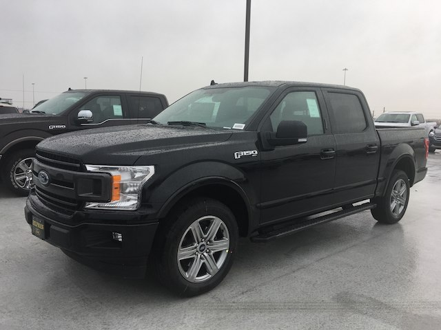 2018 F-150 SuperCrew Cab 4x2,  Pickup #VQ421 - photo 3