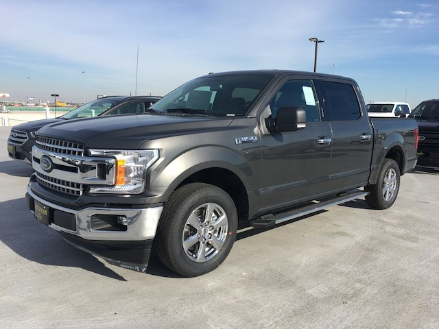 2018 F-150 SuperCrew Cab 4x2,  Pickup #VQ435 - photo 3