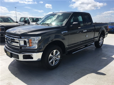 2018 F-150 Super Cab 4x2,  Pickup #VQ637 - photo 3