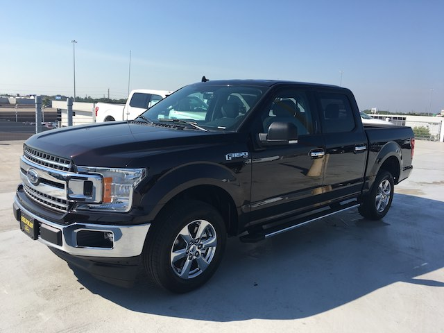 2018 F-150 SuperCrew Cab 4x2,  Pickup #VQ900 - photo 3