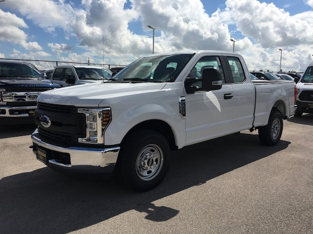 2019 F-250 Super Cab 4x2,  Pickup #WR011 - photo 3