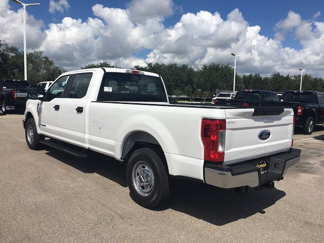 2019 F-250 Crew Cab 4x2,  Pickup #WR028 - photo 4