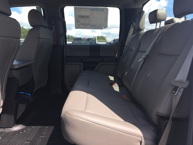2019 F-250 Crew Cab 4x2,  Pickup #WR028 - photo 6
